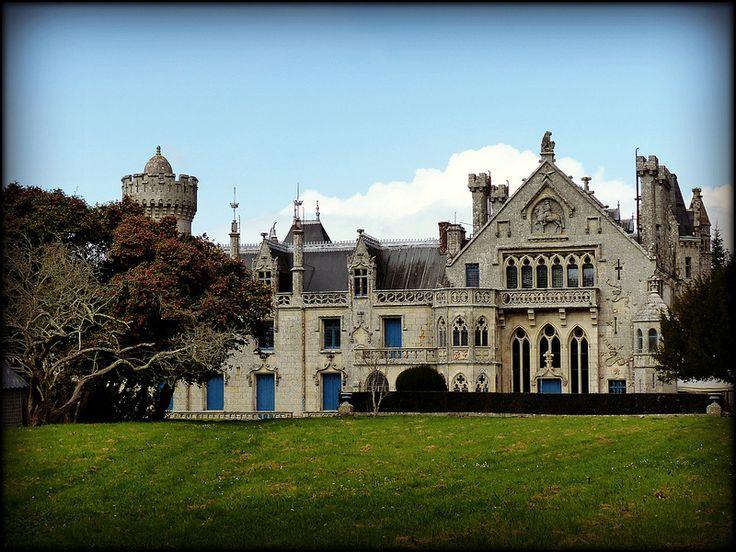 Château de Keriolet .... Bretagne . Finistère