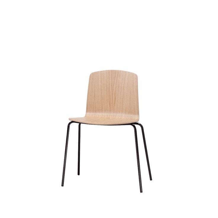 ANN Stuhl von #INCLASS design  ab 180,00 € Der Stuhl Ann zeichnet sich aus durch neutrales Design und gerade Linien. Seine Sitzschale ist wahlweise aus gebogenem Holz oder mit Stoffbezug erhältlich. Außerdem ist Ann mit Kufen- oder Vierfußgestell und mit oder ohne Armlehnen verfügbar. Sein Variantenreichtum macht den Stuhl variabel und vielseitig einsetzbar - ob in Warteräumen, Restaurants oder in Veranstaltungshallen - Ann sieht überall gut aus.  #Massivholzmöbel #Vollholzmöbel