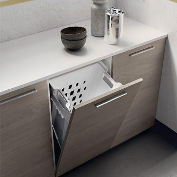 Portabiancheria con base ribalta_Laundry Space_Scavolini