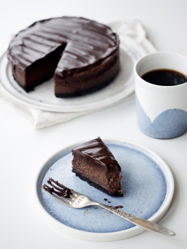 Chocolate and coffee cheesecake with Oreo crust