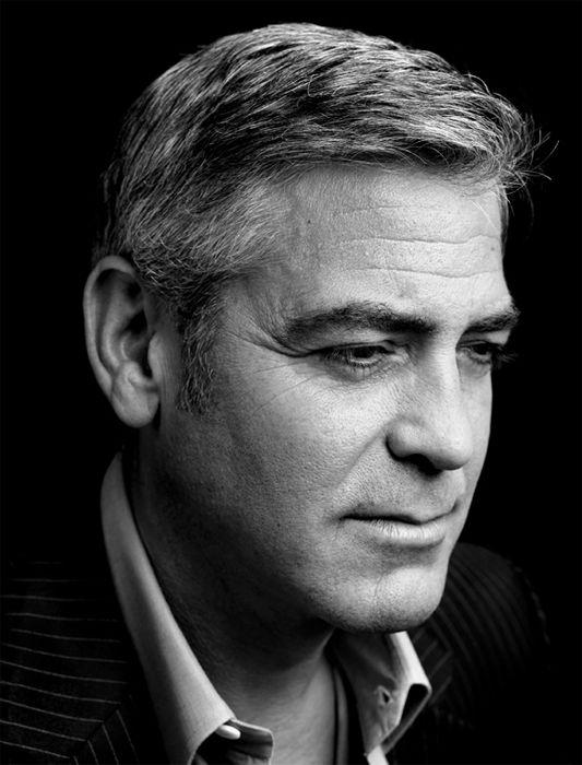 G Clooney - Peter Hapak