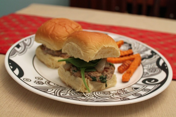 Goat Cheese and Spinach Turkey Burger Sliders