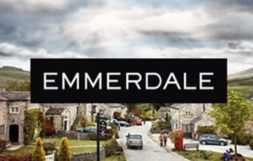 Emmerdale Will Air LIVE Episode For 40th Anniversary!