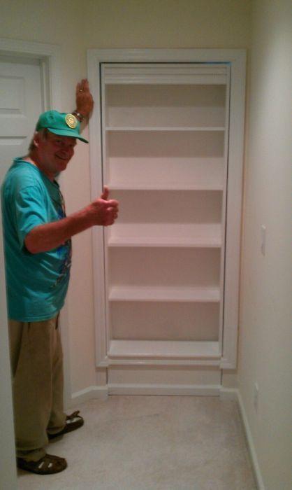 DIY Hidden Bookshelf Door (15 Pics)