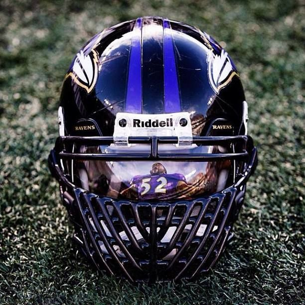 Wasn't a huge Ray Lewis fan on the field but this is a cool picture.