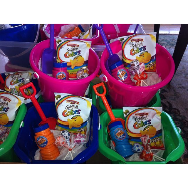 Pool Party Favors Ideas 6th birthday pool party five heart home I Love This Idea For Party Favors