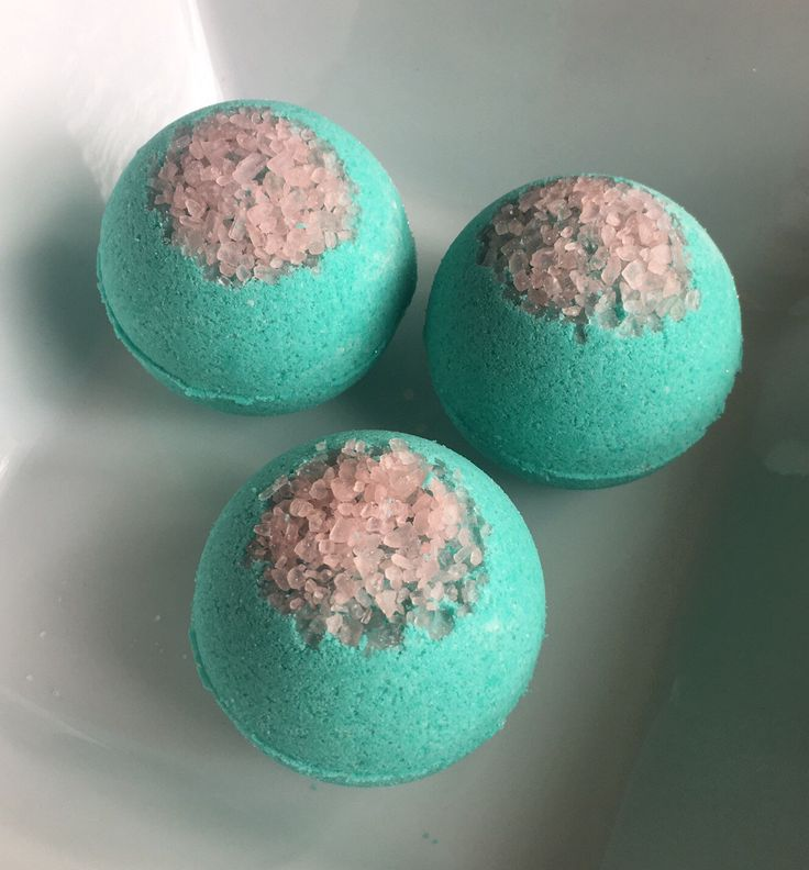 A personal favorite from my Etsy shop https://www.etsy.com/listing/491597996/dream-catcher-bath-bomb-wholesale-bath