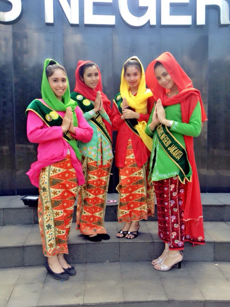 Kebaya Encim Betawi. Traditional outfit from Jakarta. Indonesia