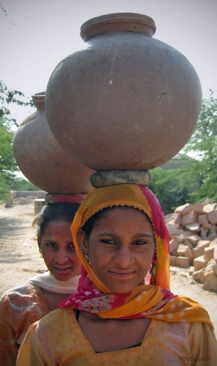 Bishnoi girls near Jodhpur