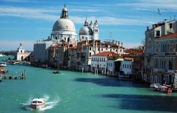 Escapades en Europe pour les ponts de mai !!! Dès 136 € par personne !
