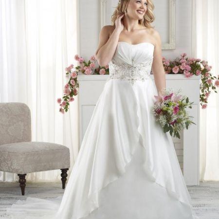 vestido-con-cinturon-pedreria-novias