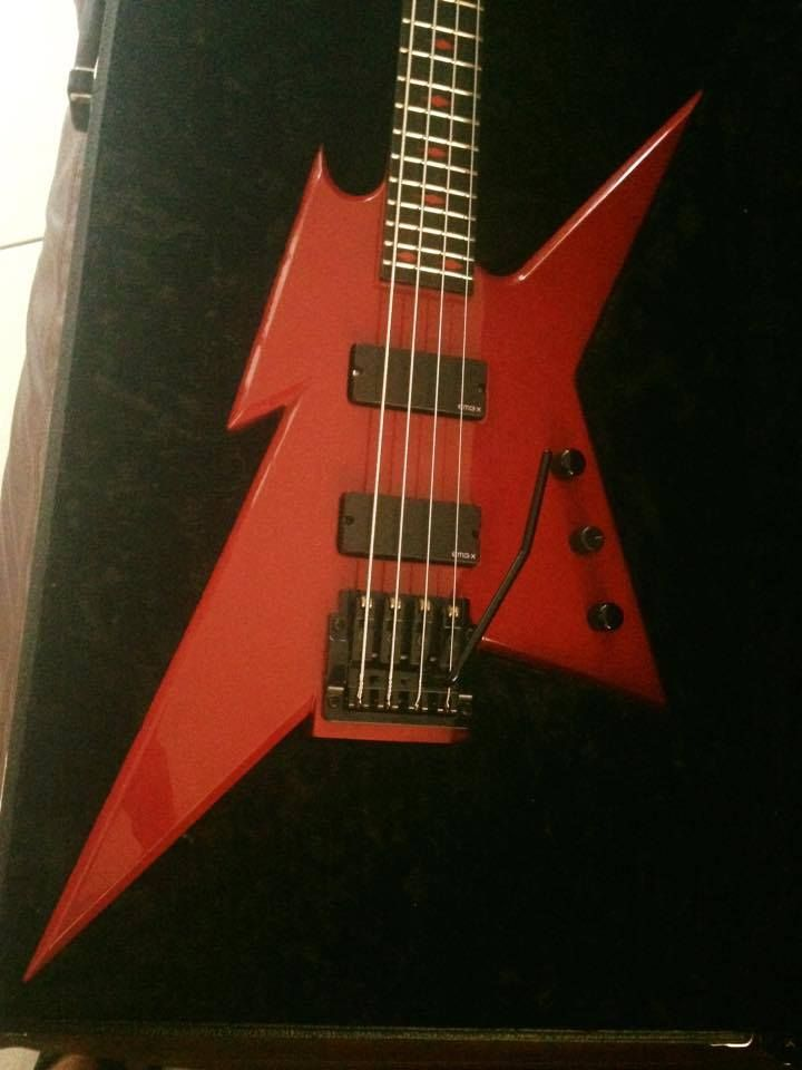 114 best images about heavy metal on pinterest heavy metal wedding rickenbacker 4001 and bass. Black Bedroom Furniture Sets. Home Design Ideas