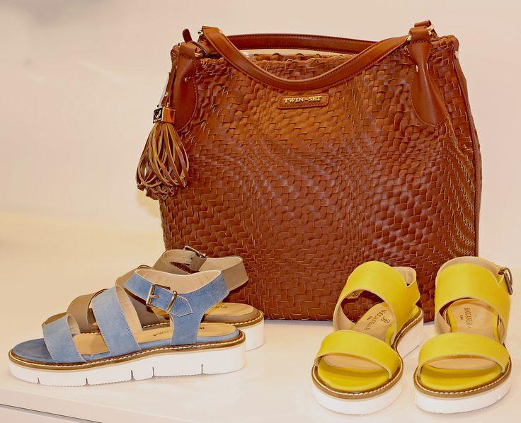 SS15 - Twinset bags  #borsa #Twinset #tracolla #borsaaspalla #sandali #sandaliestivi #SS15 #Springsummer #color #cool #glamour #fashion #fashionpuglia #eccellenza #moda #weareinpuglia #intreccio #abbigliamento #calzature #accessori #igs #igersbari #igerspuglia #musthave #sandaliflat #comodità