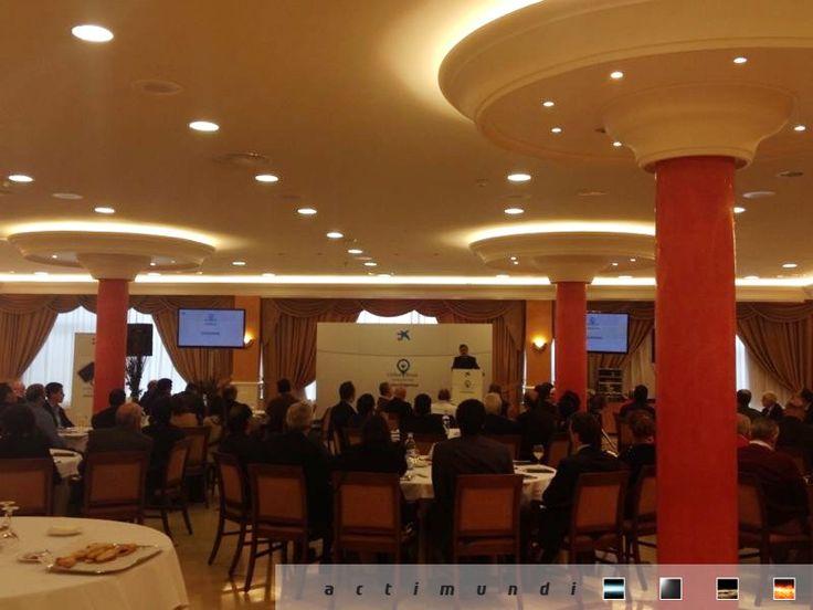 Estamos en #CiudadReal con #lacaixa y sus clientes. Diseño, producción y coordinación de #actimundi Ya ha comenzado la ponencia de Juan Emilio Iranzo Martín.