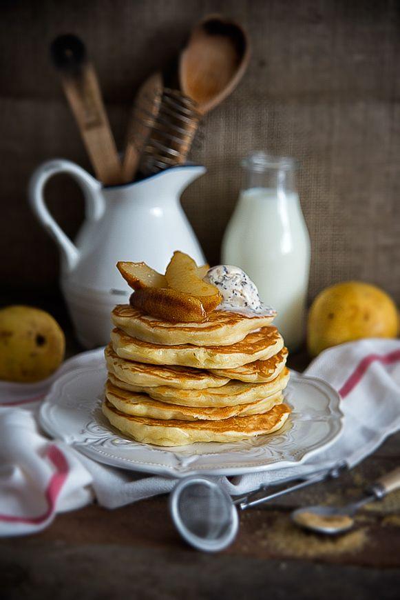 picante-jalapeno.blogspot.com: Placki drożdżowe z karmelizowanymi gruszkami i lodami
