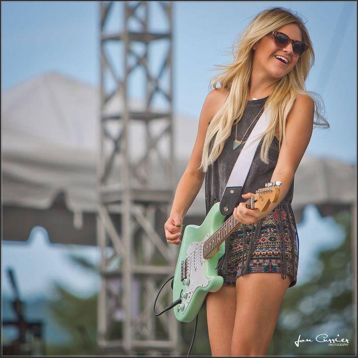 Kelsea Ballerini Country Music Rocks Live Show