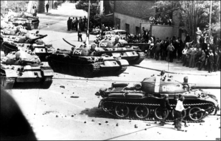 Praha 1968 Soviet tanks during invasion. Bevare russian bear