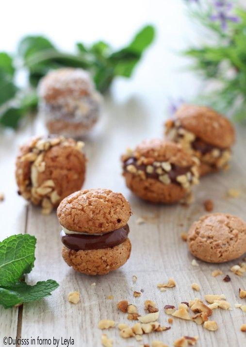 Amaretti con nutella e mascarpone ricetta velocissima Dulcisss in forno by Leyla