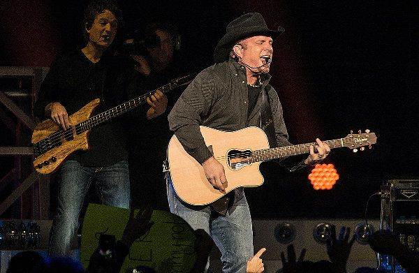 Garth Brooks, Blake Shelton, Luke Bryan and More Announced As Part of All-Star Houston Rodeo Lineup