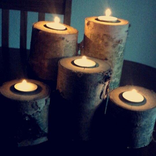 Flotte og rå træ lysestager lavet af min kæreste Christian. Passer perfekt til et fyrfadslys.