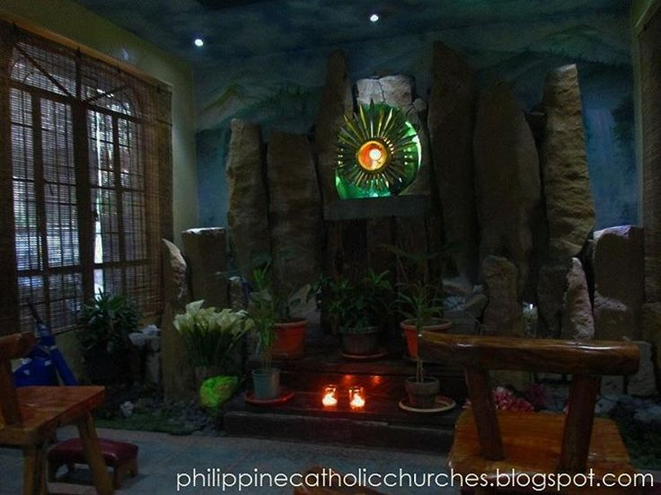 Lord, have mercy ! #Jesus #BlessedSacrament *The Adoration Chapel, San Felipe Neri Parish Church, Mandaluyong City, Philippines. #Travels #Catholic #CatholicChurch #RomanCatholic #Katoliko #KatolikongPinoy #Philippines #travelblogger #travelphotography #faith #followforfollow #follow4follow #religion #God #VivaCristoRey #KristongHari #ChristTheKing