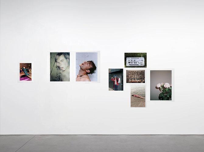 WOLFGANG TILLMANS Installation New York (1990 - 1995) 1995