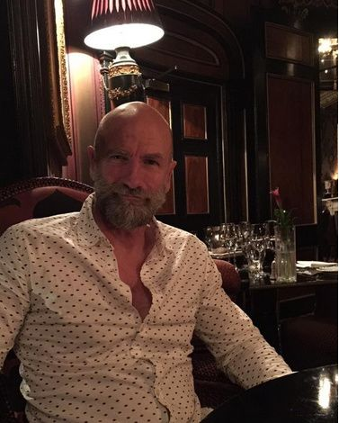 Here is a new pic of Graham McTavish Source