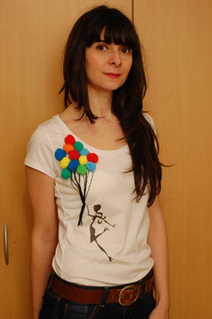 DIY shirt pompons tutorial