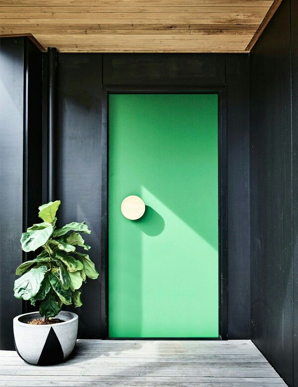 Knock knock, how about a splash of green?