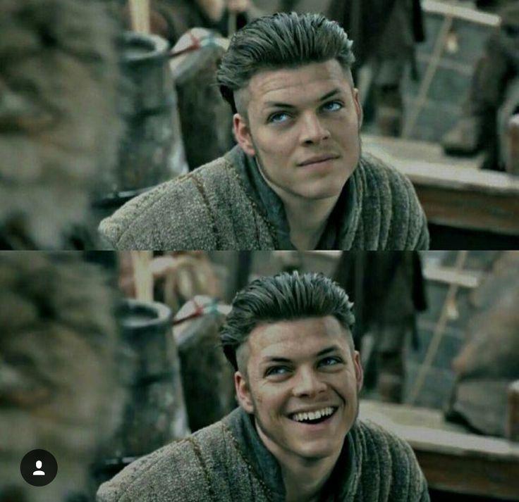 Alex Hoegh Andersen as Ivar the Boneless in Vikings.