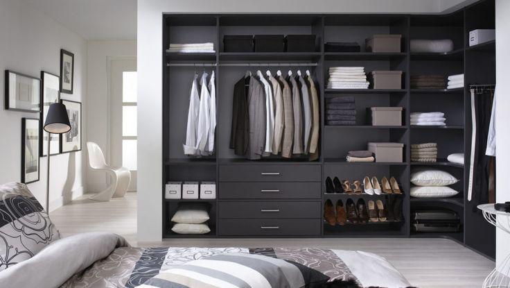 Interieur: Antraciet. Achterwand: Aluminium #Lundia #kledingkast #inloopkast