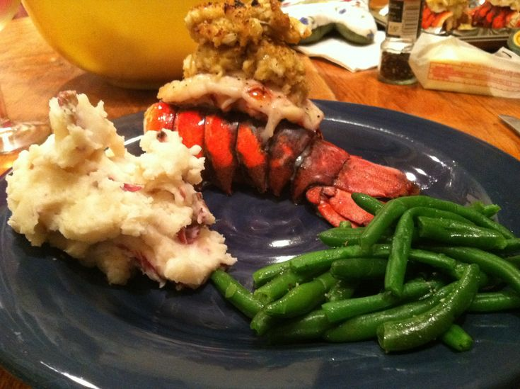 crab stuffed lobster tails 026