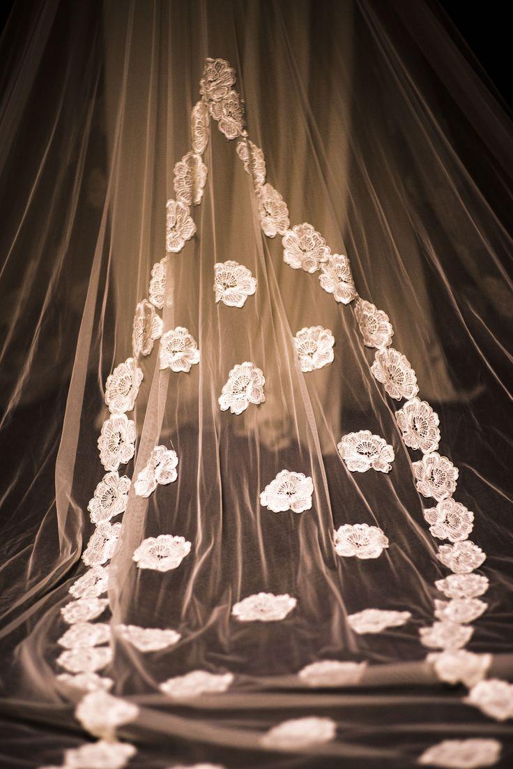 Cola de vestido de novia, bodaspain.com photography