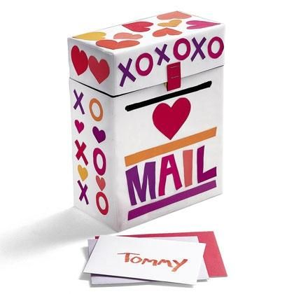 Shoebox Crafts : DIY  Make a Valentine Mailbox