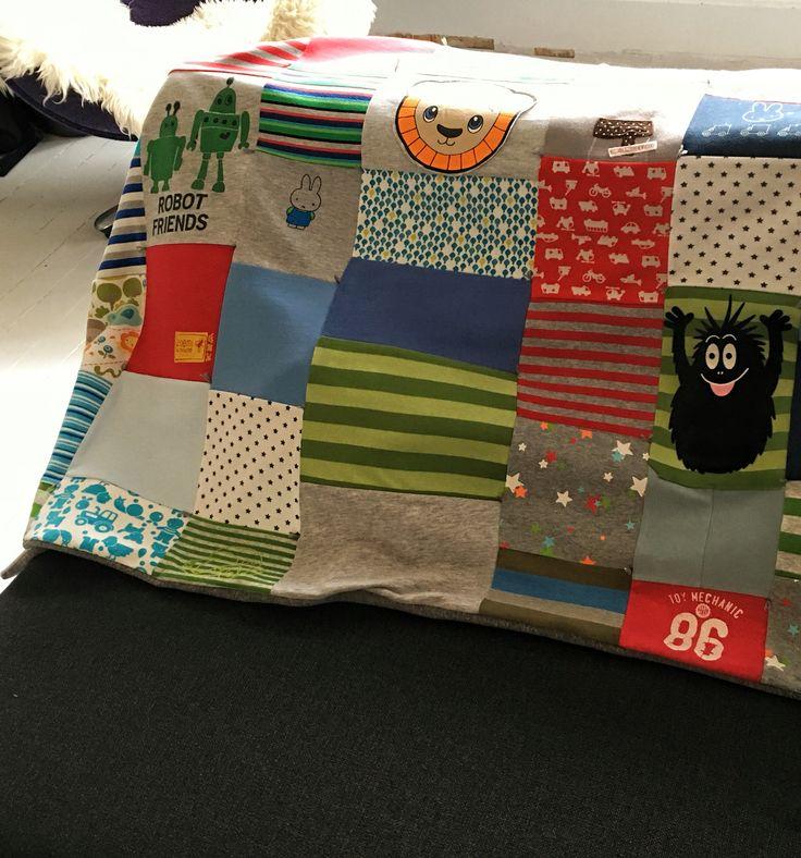 Kleedje gemaakt door de broekendokter van oude babykleertjes van mijn zoontje. I love it!