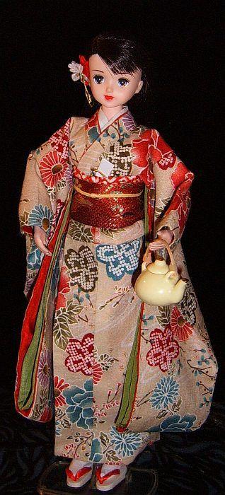 Jenny doll by Takara in OOAK kimono link has free pattern