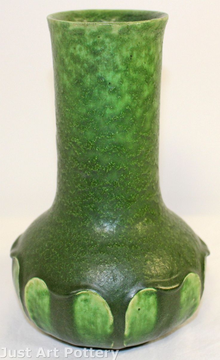 1473 best craftsman style pottery images on pinterest vase grueby pottery matte green arts and crafts leaf vase from just art pottery reviewsmspy