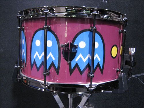 pacman snare genius made by truth custom drums drums pinterest nice computers and drums. Black Bedroom Furniture Sets. Home Design Ideas