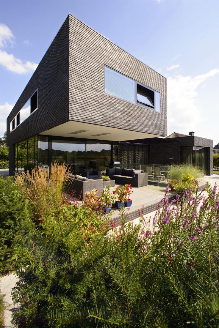 donkere baksteen, moderne architectuur, maasarchitecten
