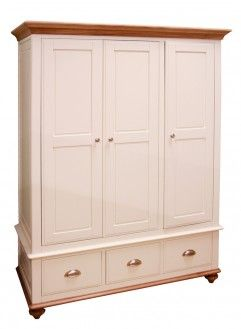 Pembroke Triple Wardrobe (DISCONTINUED)