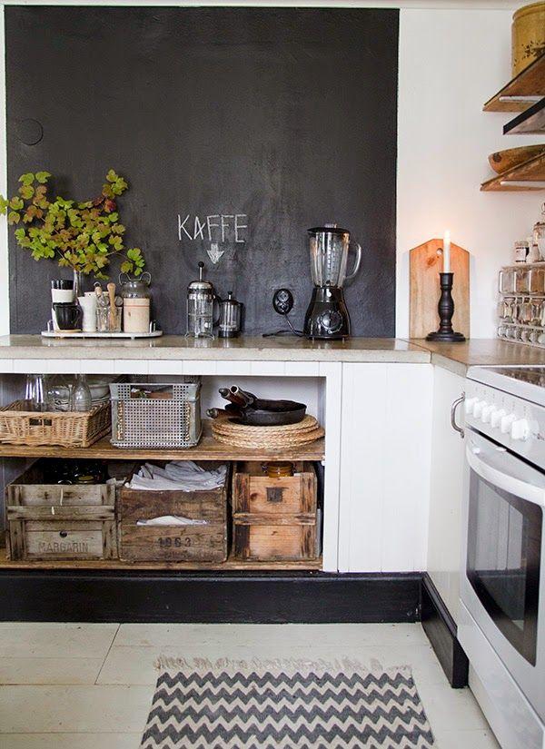 Det har gått några år sedan vårt kök genomgick den värsta tänkbara renoveringen och den finns...