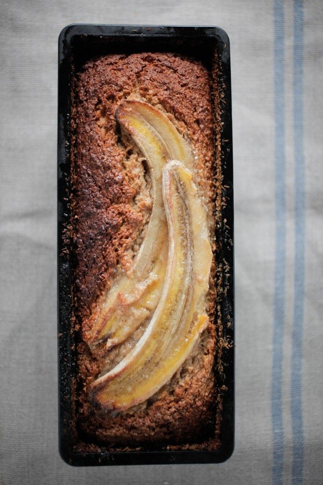 Banana Bread - love the look, try subbing coconut for the flax