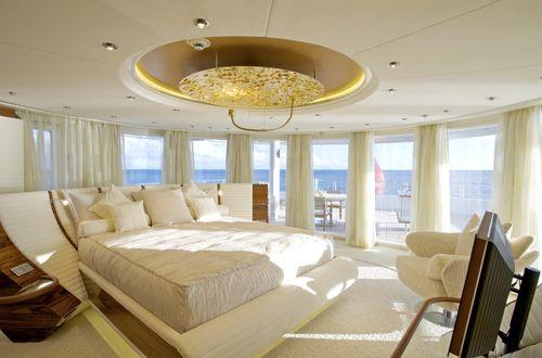 images/stories/whats-hot/yachts/Lurrsen/vivelaVie/vivelaVie-14.jpg