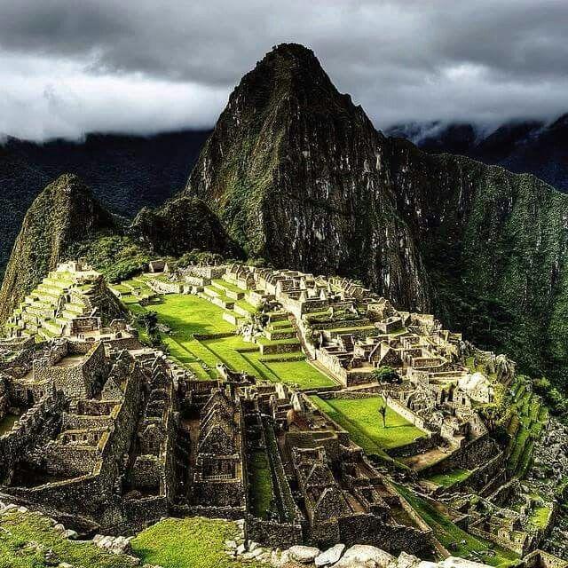 a history of mayans incans and aztec civilizations in latin america Aztec inca maya power point 1 aztec, inca, maya the three great civilizations of historical latin america 2 the aztecs.