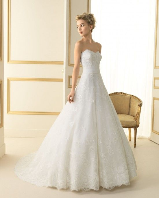 Robes de mariée princesse 2013: Tesoro chez Luna Novias