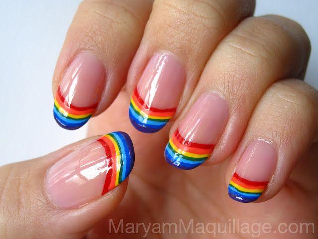 Uñas decoradas con nubes y arcoíris (5)