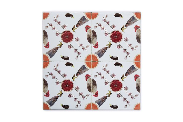 This ceramic tile orange juice is a very original, modern and decorative ceramic tile. It is 100% handmade and the design is crazy! This is a perfect decorative kitchen wall tile and an original and contemporary gift.