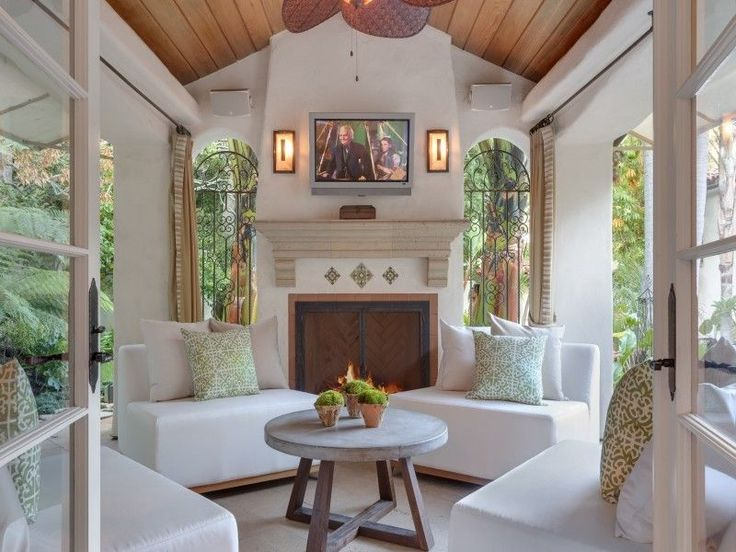 Tyra Banks Spanish Colonial house in Beverly Hills - covered porch