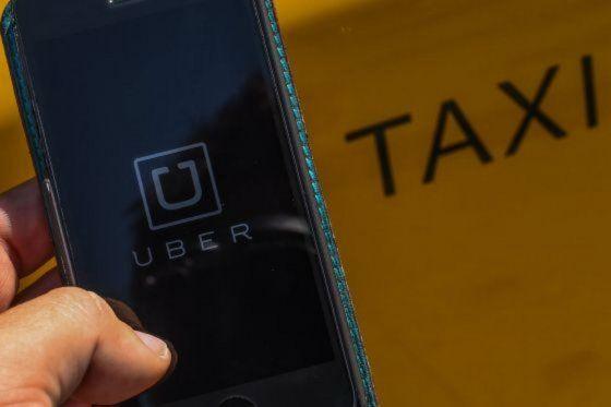 Usuarios manifiestan su apoyo a Uber en línea