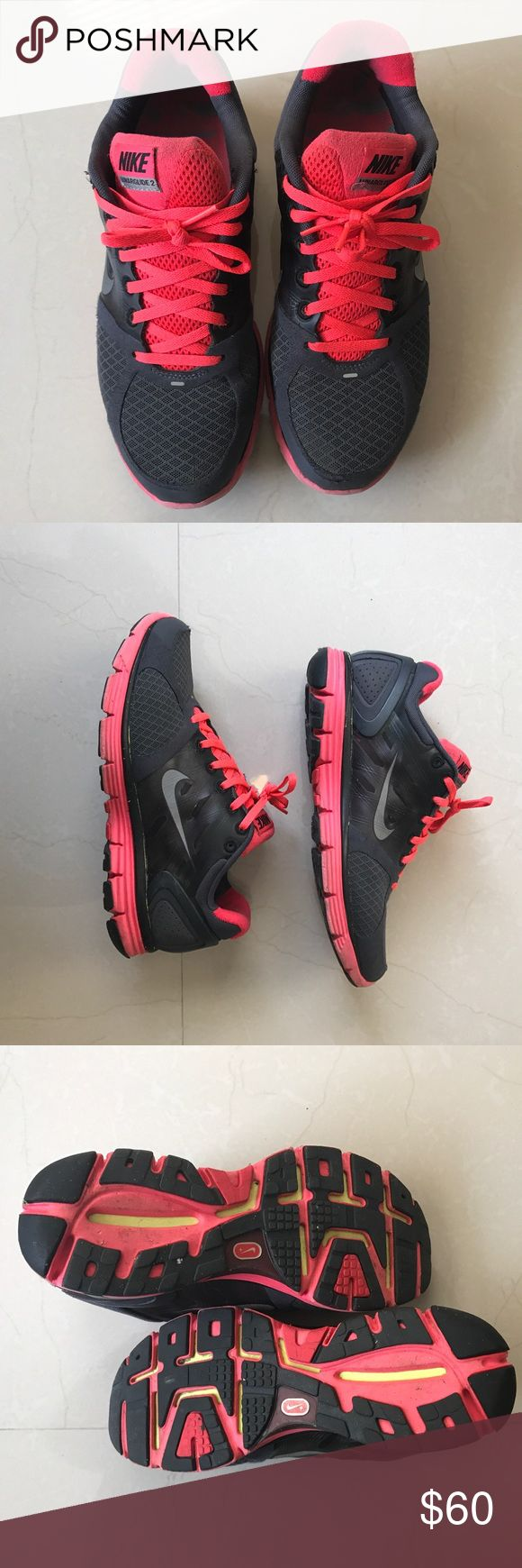 Nike LunarGlide 2's Nike LunarGlide 2's. Have been worn but are in great condition. Nike Shoes